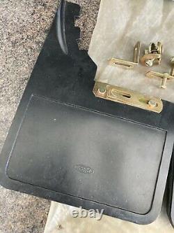 Genuine Nos Classic Ford Pair Mudflaps Cortina Mk3 Escort Mk2 Capri Mud Flaps